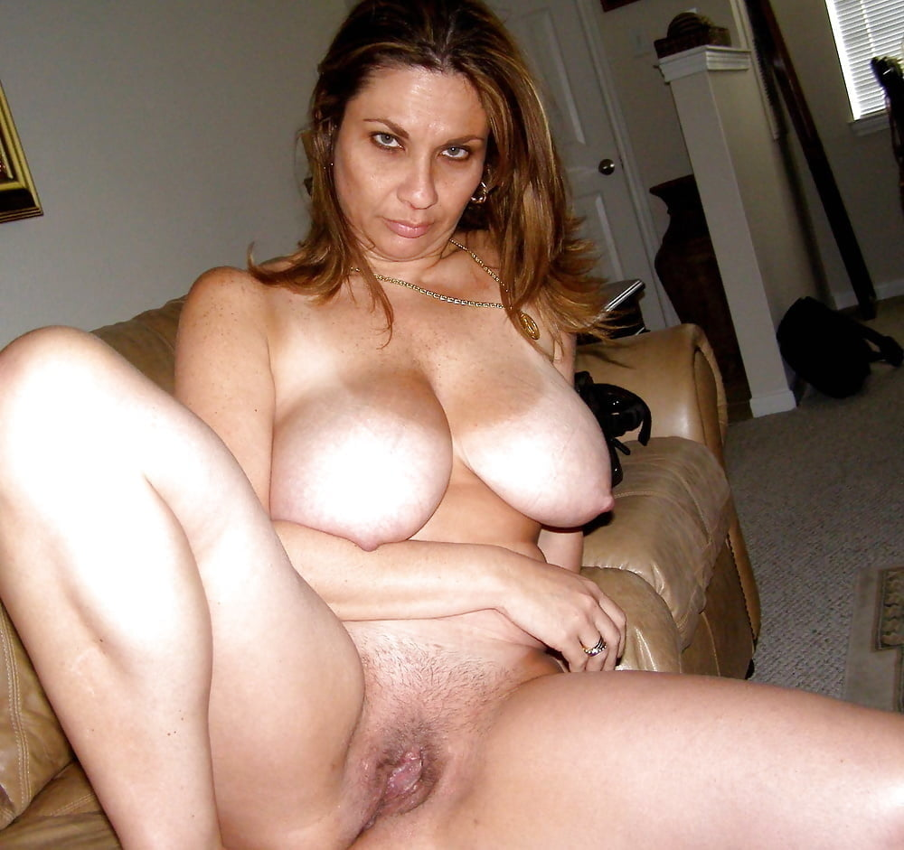 Big Tits Milf Amateur Mature Boobs
