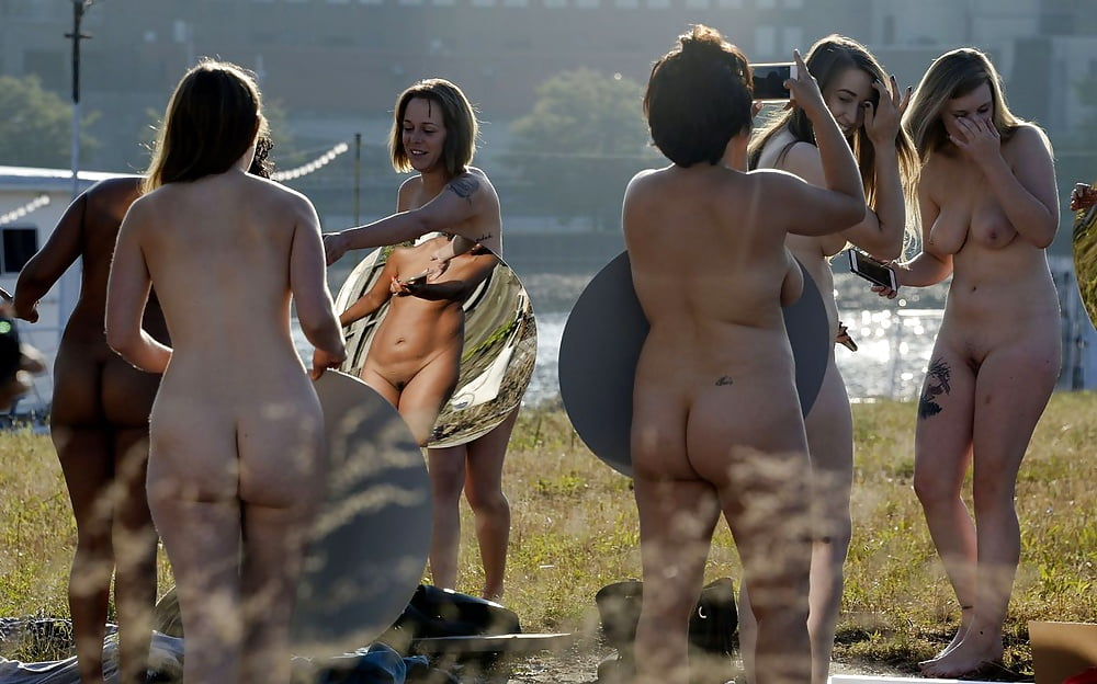 University of tennessee girl nude selfie