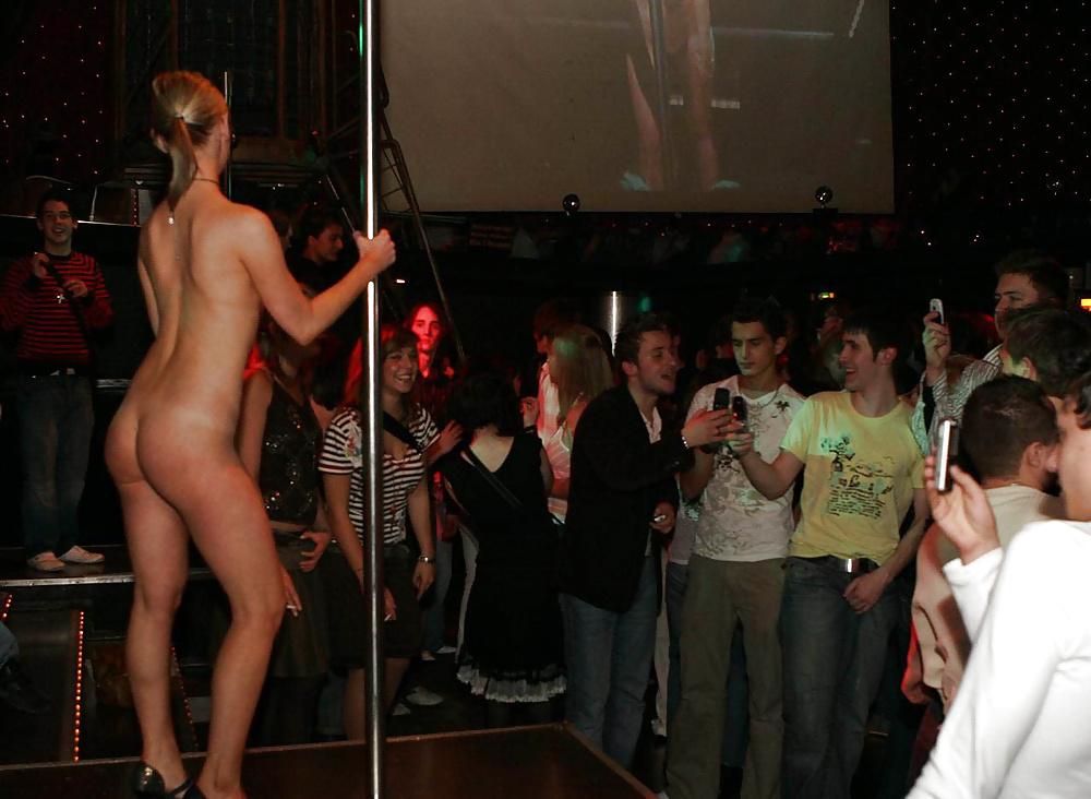 amatorskiy-striptiz-konkurs-video-luchshih-russkih-pornoaktris
