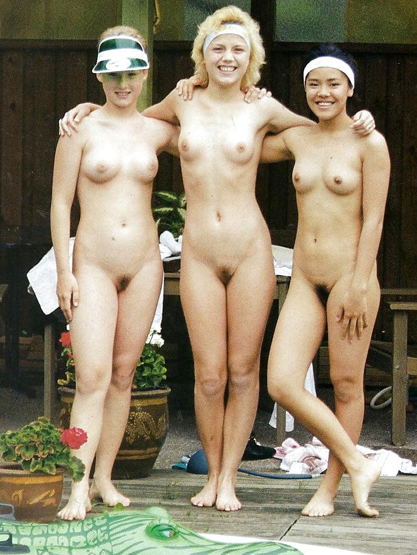 Nudisten Omas