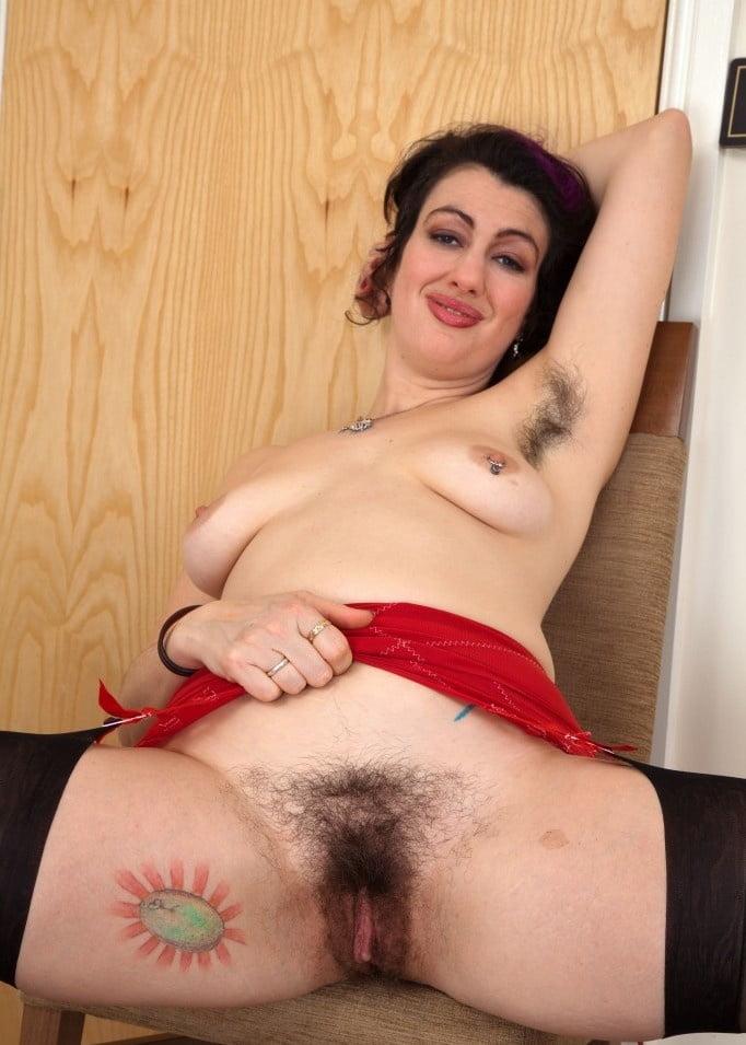 big-tits-know-richer-hairy-xxx-vagina