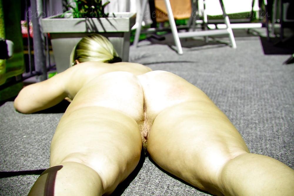 Sarah big butt dog roleplay and dildo play