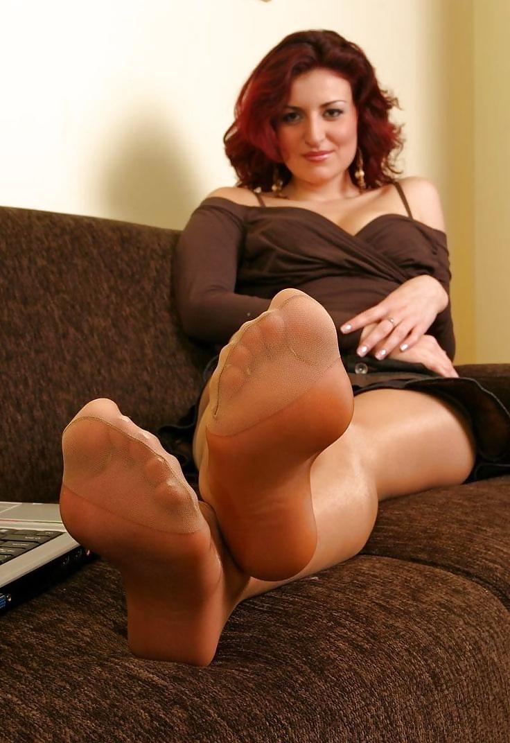Mature stockings and feet