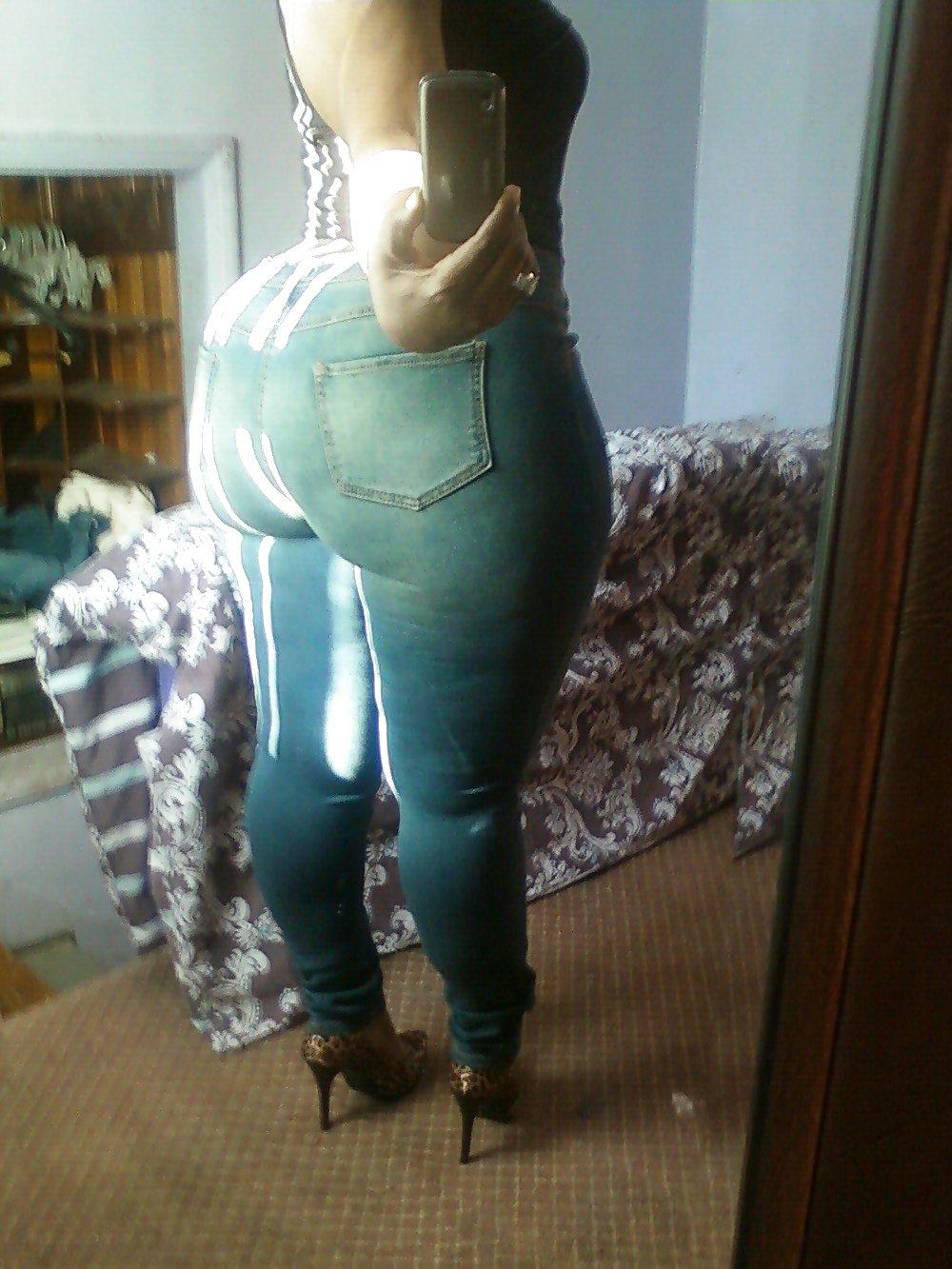Big black booty hips