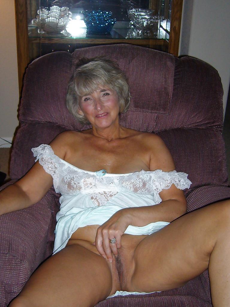 Nude korean women photos