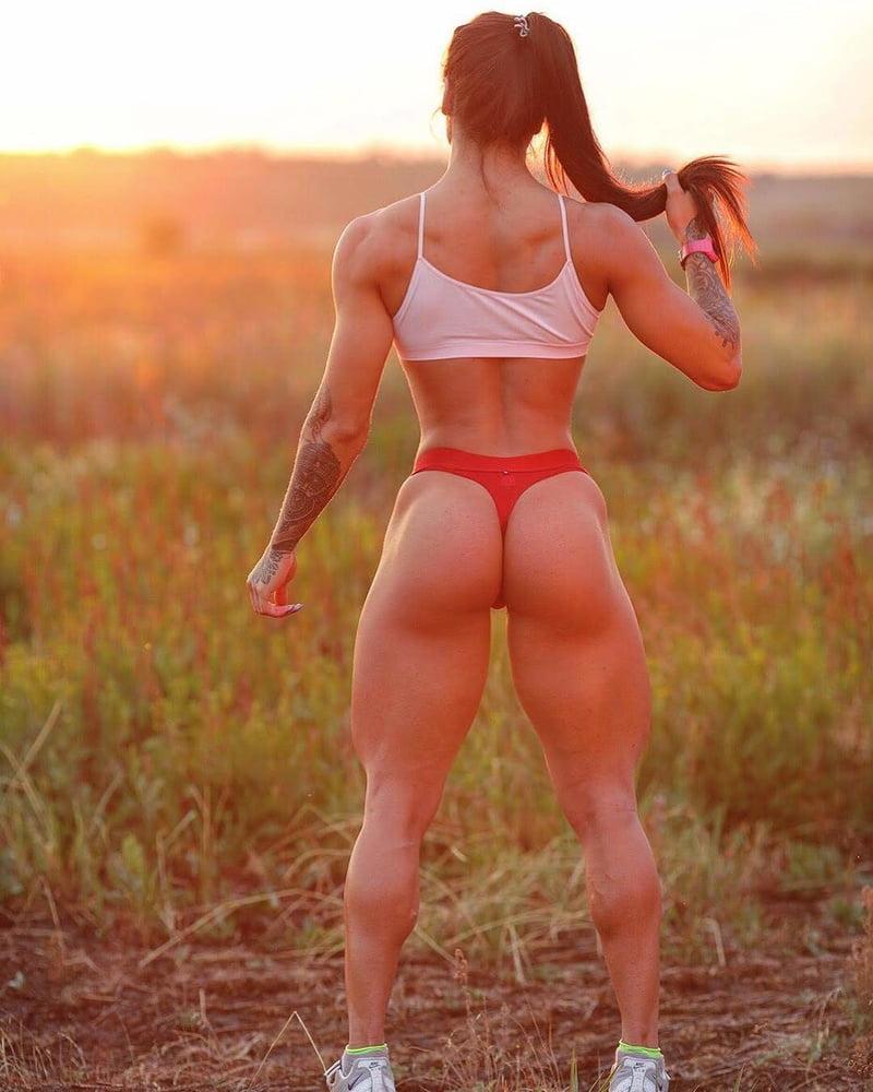фото крупные накаченные женские задницы - 14