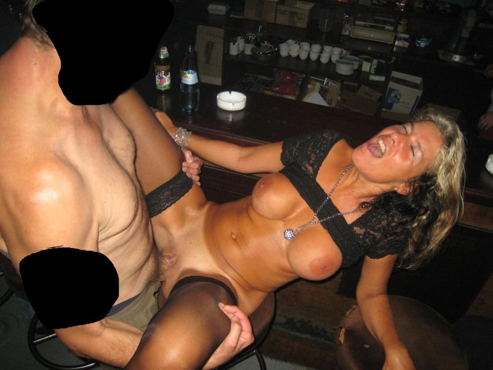 Free Housewife Slut Story