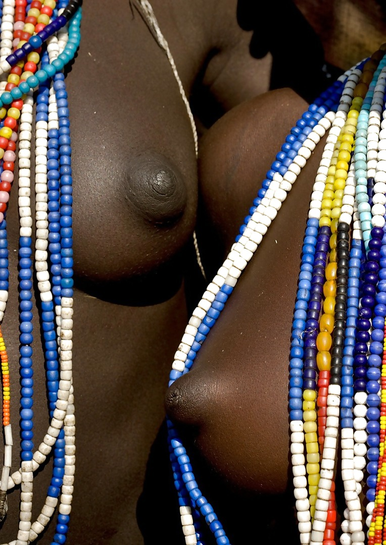 Naked african women pic