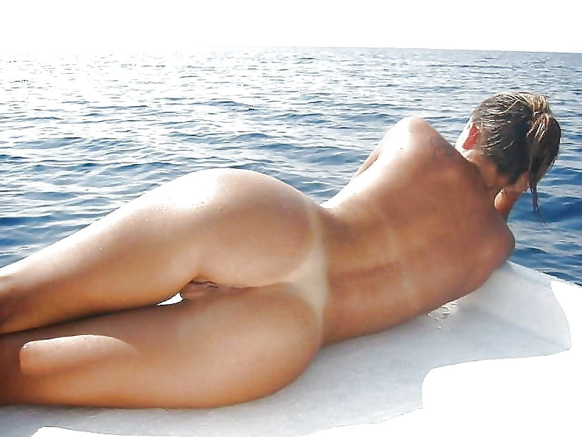 Teens Tanning Naked