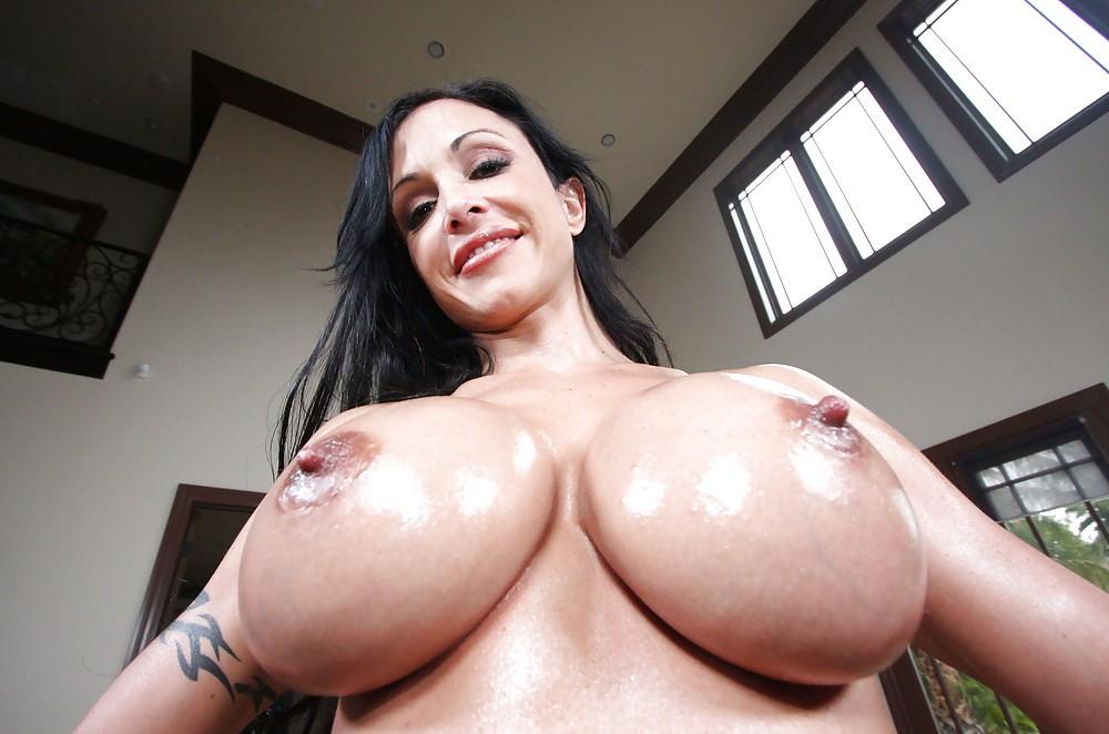 Free Hq Big Tits And Pussy Jewels Porn Photo