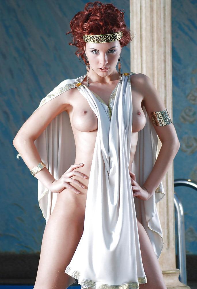 cuban-nude-greek-woman-pic-naked