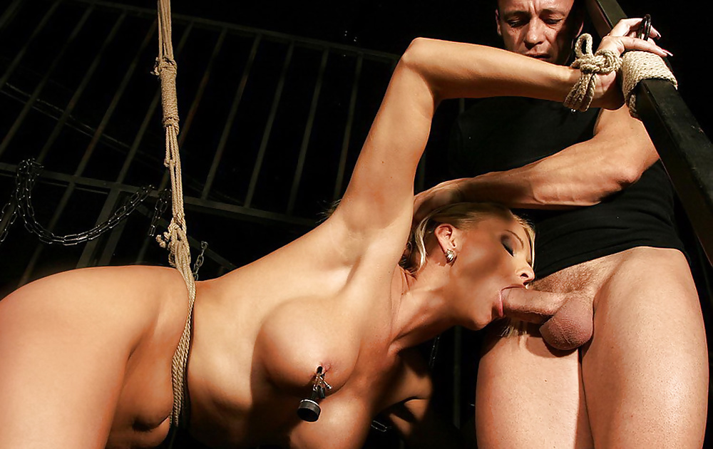 free-bondage-sex-pics-playing-with-anal-with-finger