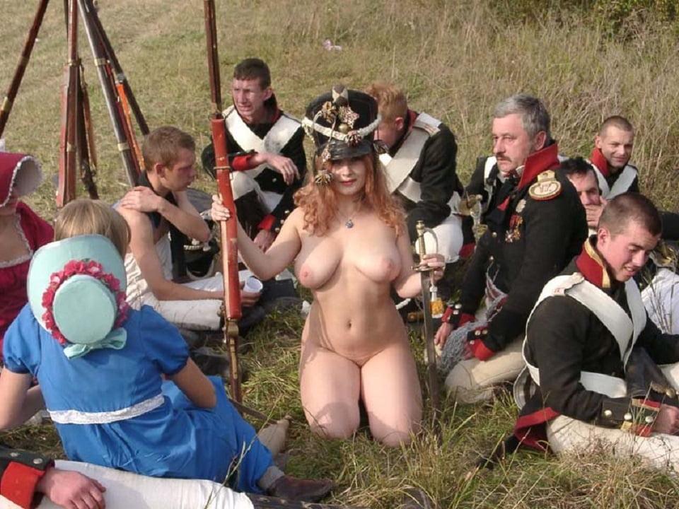 Порно фото с гусаром, порно джессика лэнг фото
