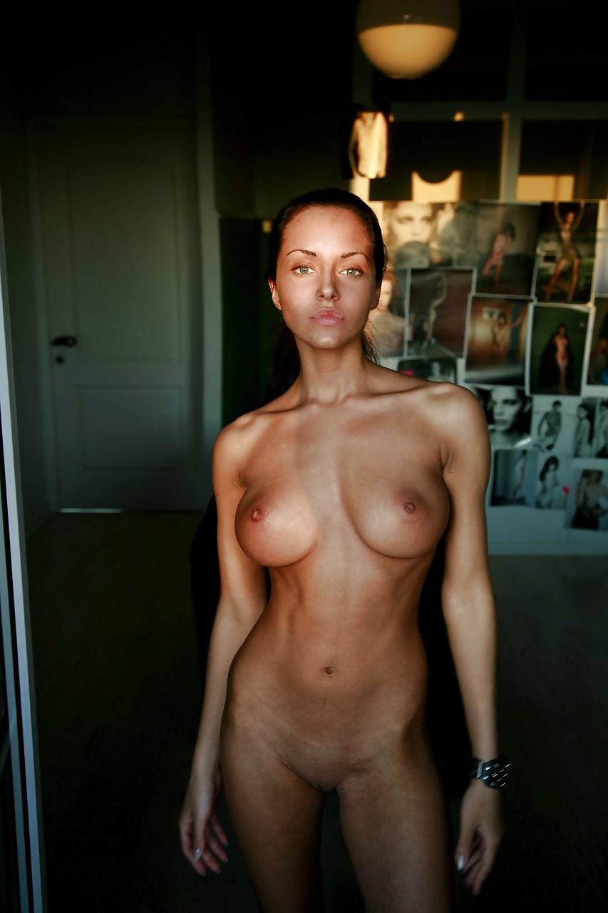 Slim Tits