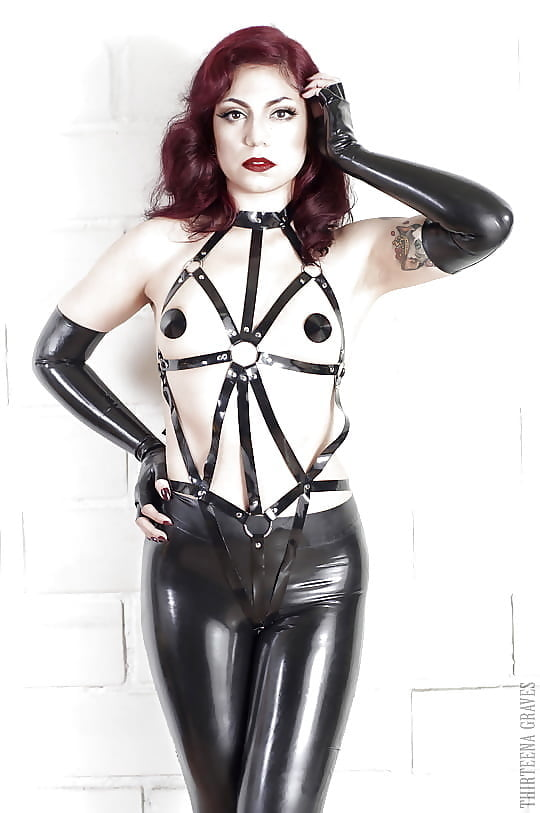 Mad Latex Fetish Fashion Pictures 1
