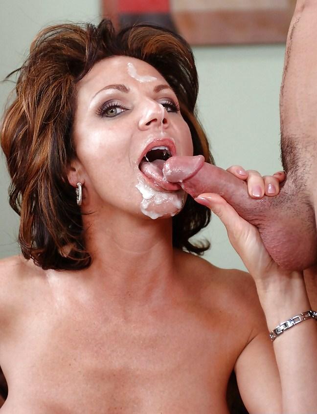 Cum swallow mature latina
