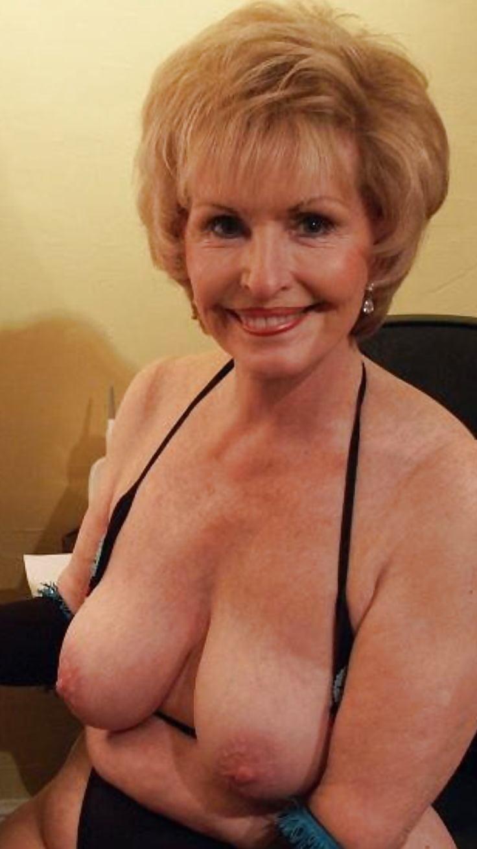 blonde-busty-granny-deep-throat-instructional-video
