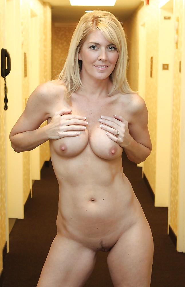 Cougar Porn Girls