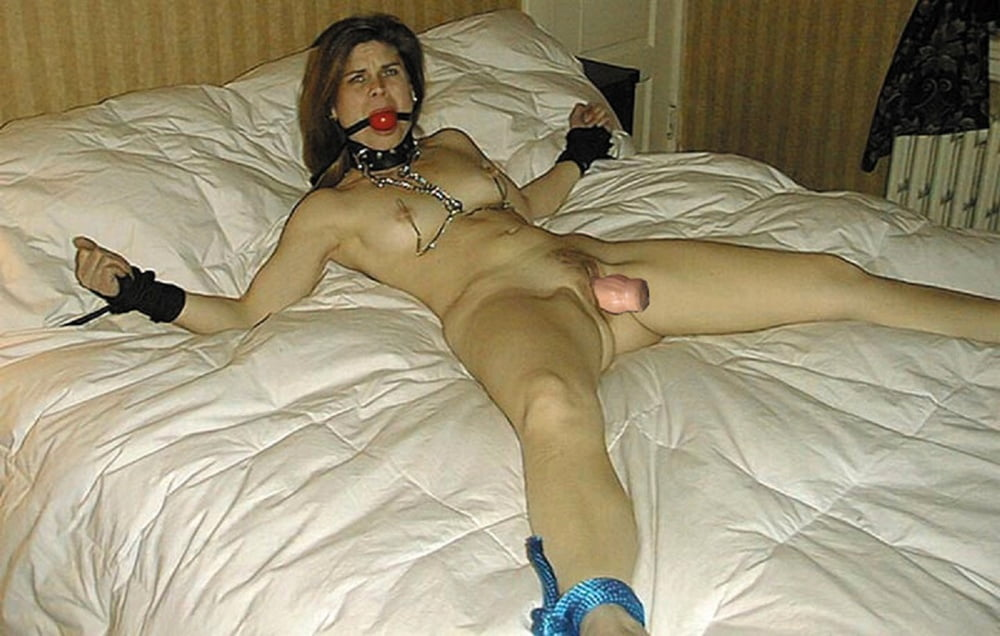 Uk slut roxy mendez tied up and teased