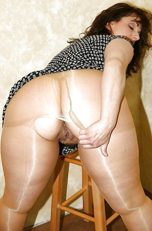 Thick thighs nylon