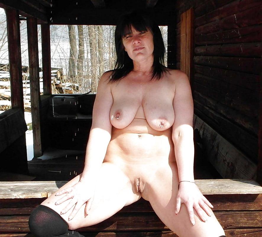 wife Club nude
