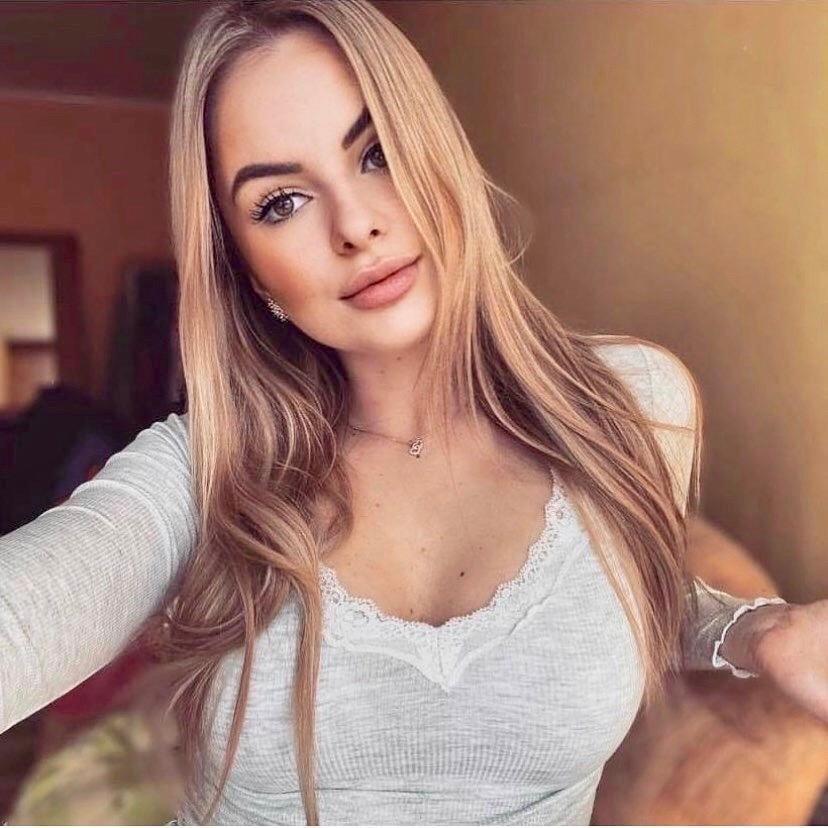 Sexy Women #224 - 100 Pics