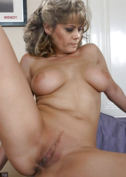 Sexy Brit Celeb Nude HD