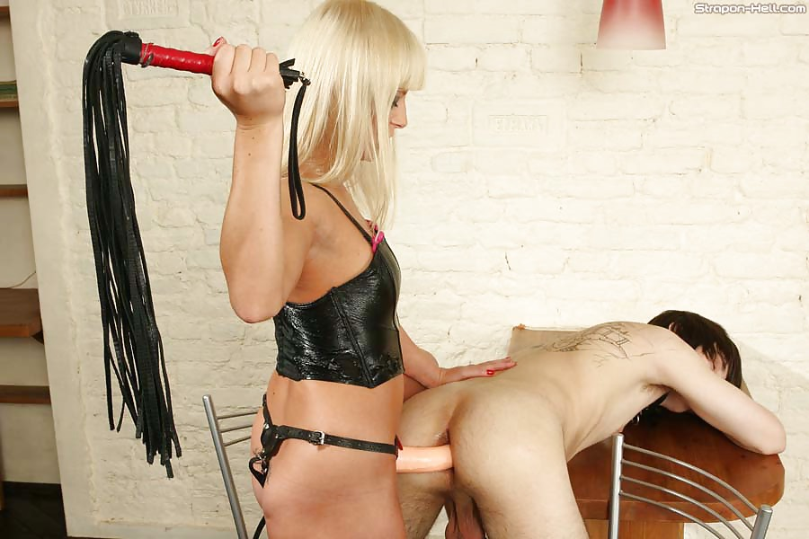 Femdom strapon mistress slave sexy dominatrix bdsm latex girlfucksguy punishment bitchboy evilbitch
