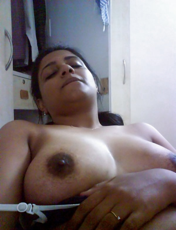 Pakistani cauhgt in cam hd xxx photo