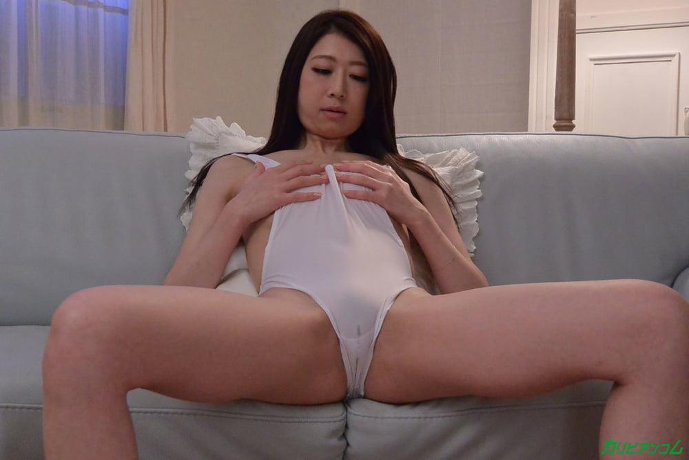 Girl seduced by lesbians-3366