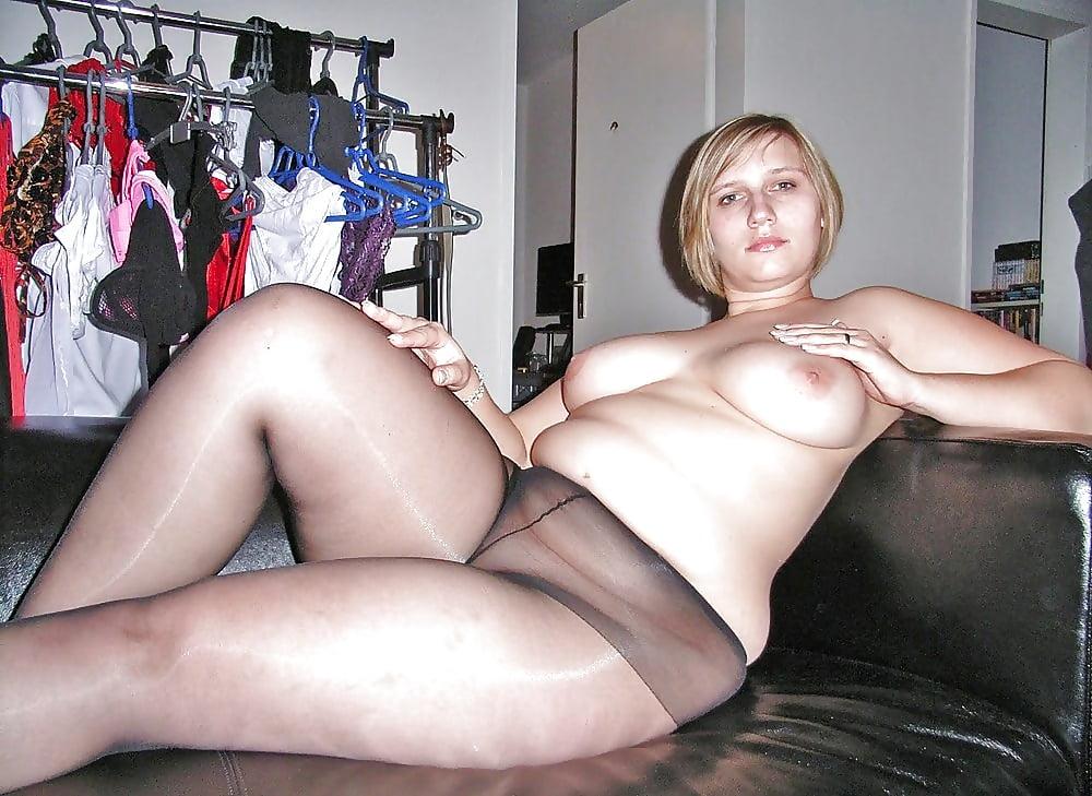 Фото голых толстух в колготках кончил