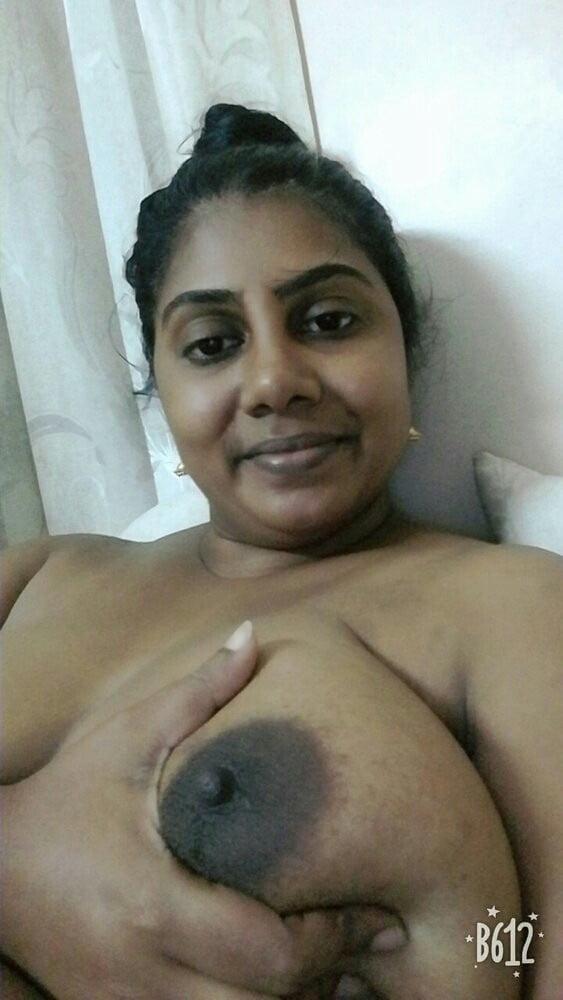 Srilanka boobs