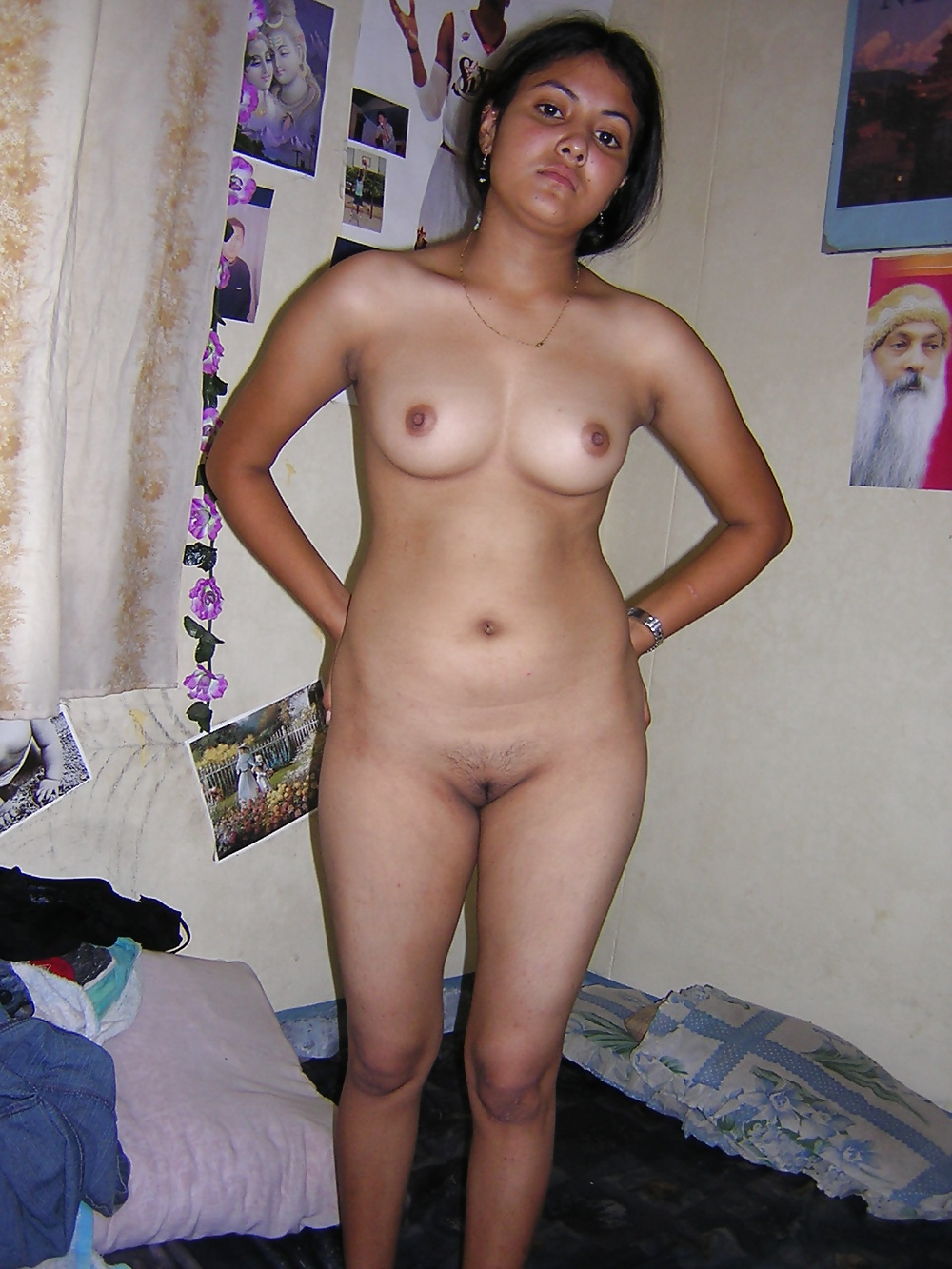 Desi very beautiful wife nude — img 4