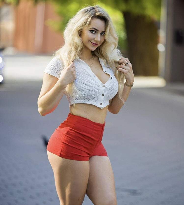 She Will Make You Cum Hard 1