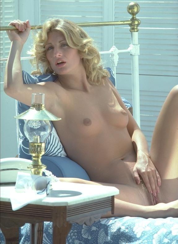Vintage model - 14 Pics