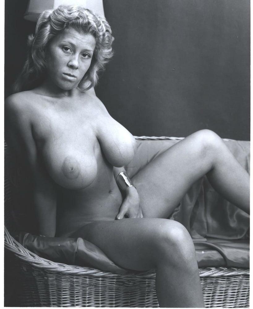Vintage boobs tube-5254