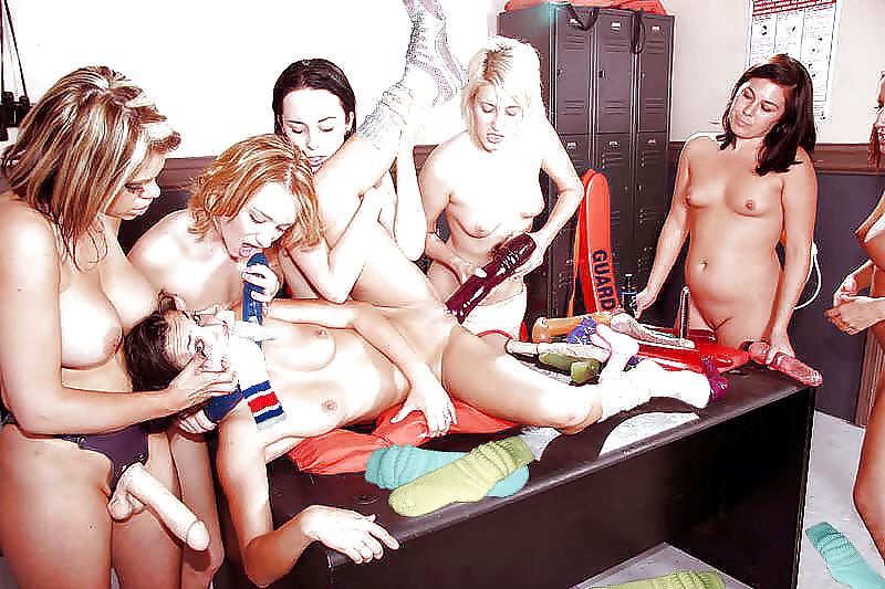 tolkaet-porno-na-den-rozhdenie-lesbiyanki-porno-polivalshik-ogromnie