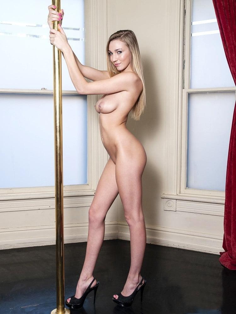 Sunderland girls naked video — photo 4