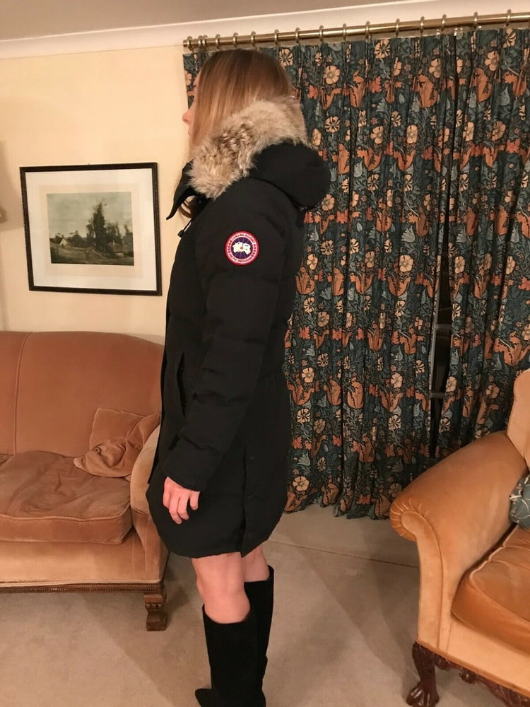 Canada goose hat womens