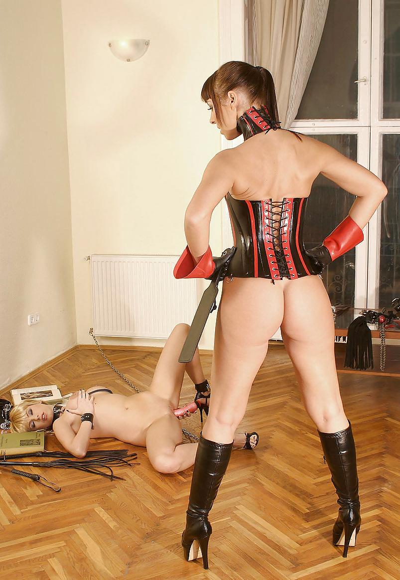 Ринге смотреть опытная русская госпожа раб на поводке порно видео поимели сучку