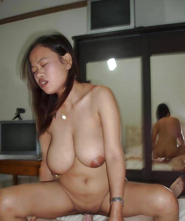 Butt plug tail nude