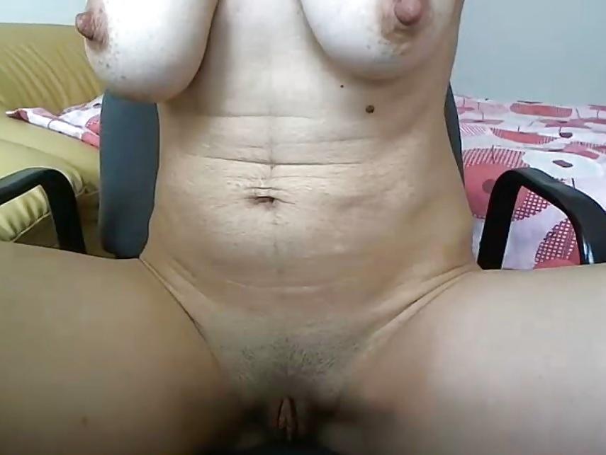 Hure Titten Cockold Facesitting