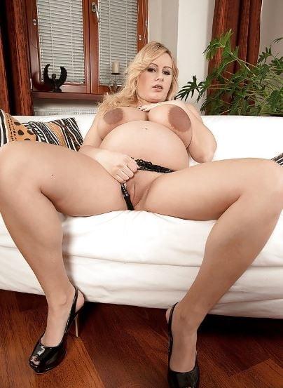 Hot nude girls kiss-2139