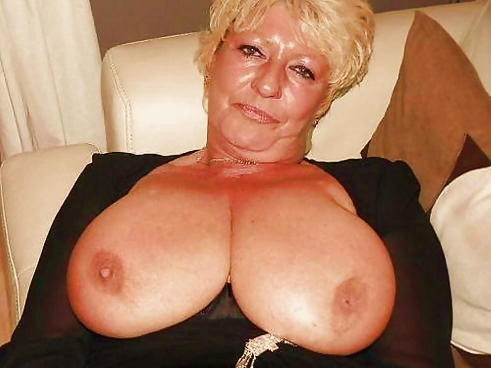 Xxx breasts granny photographs, busty nude chinese