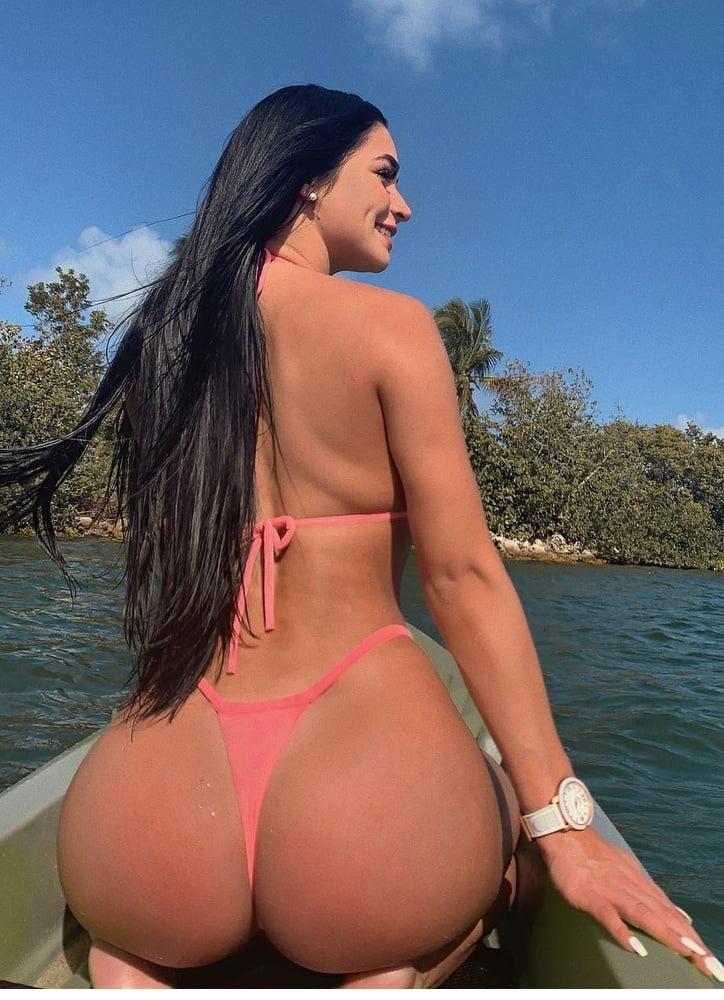 Sexy Girls - 222 Pics