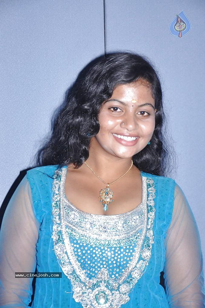 Sexy village girl image-4098