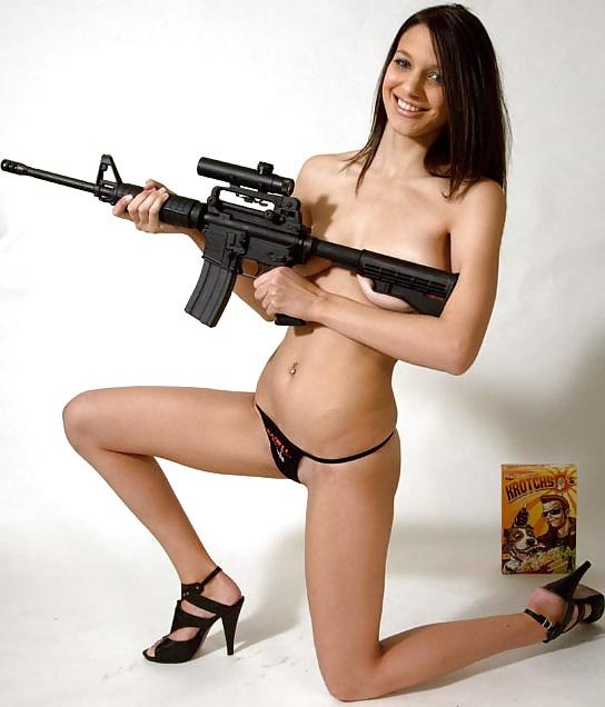 Gun babes free xxx porn pics, sex images