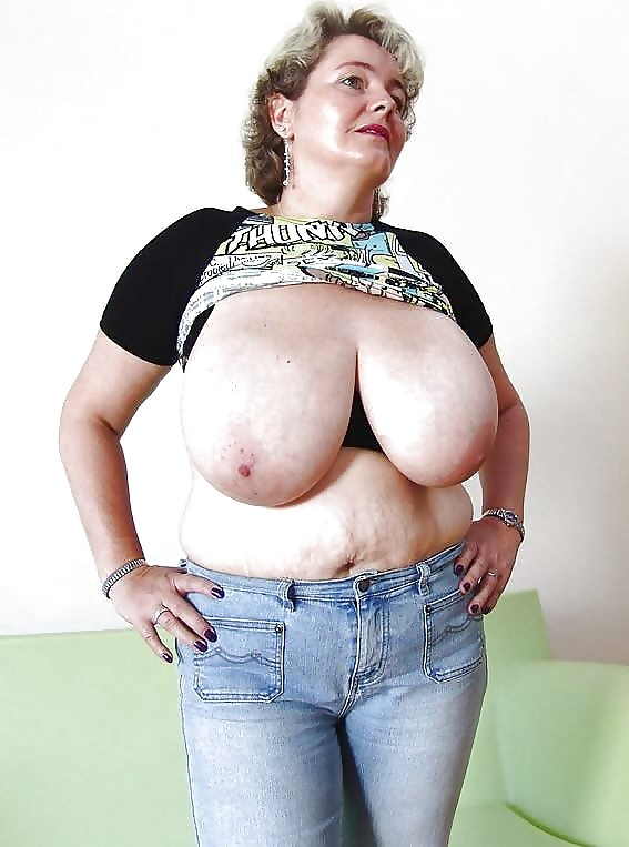 Nude women with saggy tits