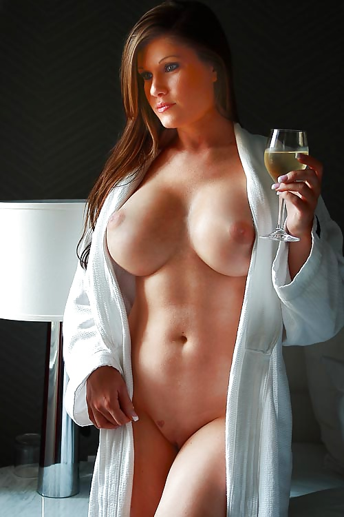 Hot naked girls big boobs