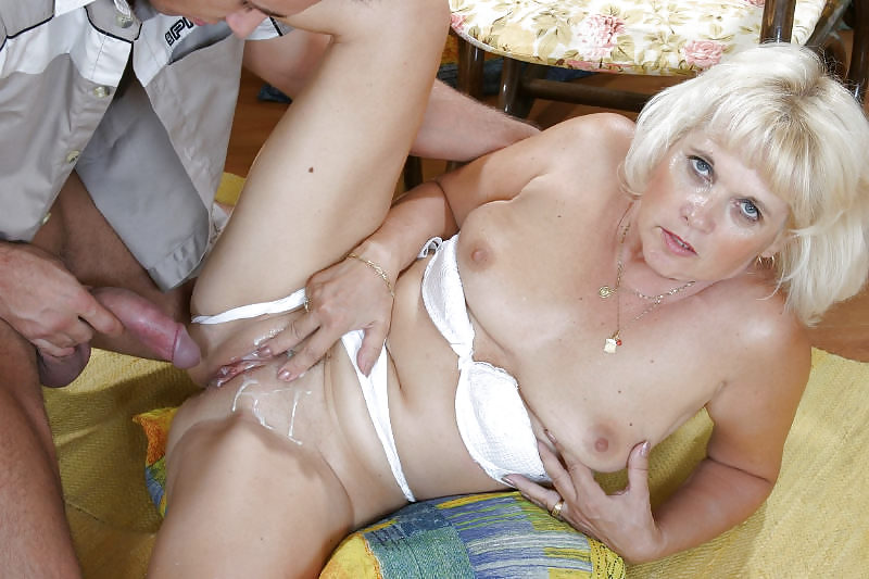 i-love-matures-blonde-anal-fuck